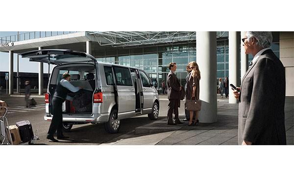 Réservez un minibus pour vous emmener à l'aéroport.